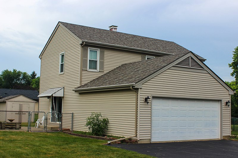 Brittany Dr, McHenry, IL Owens Corning TruDefinition Duration in Driftwood