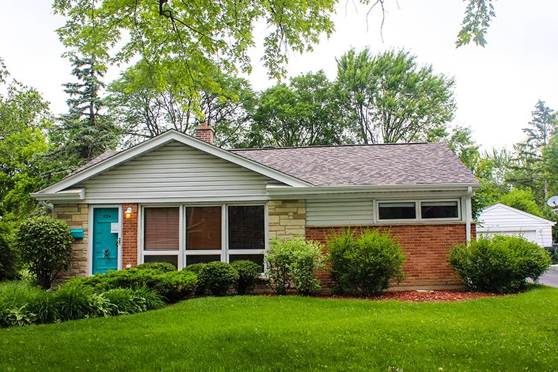 Lincoln Ave, Palatine IL Owens Corning Duration TruDefinition Siding Summer Harvest