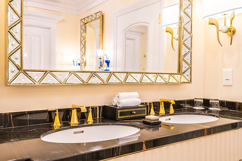 beautiful luxury gold faucet and sink bathroom